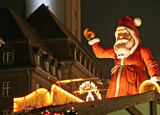 Weihnachtsmarkt - Lichterglanz und Leckereien